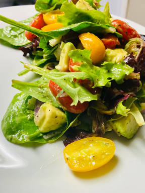 Spring mix cherry tomatoes salad