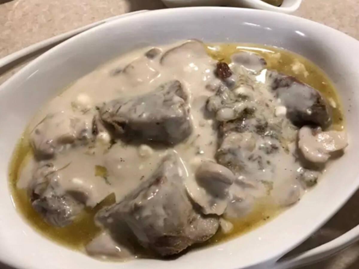 Beef tongue with Bashamel sauce