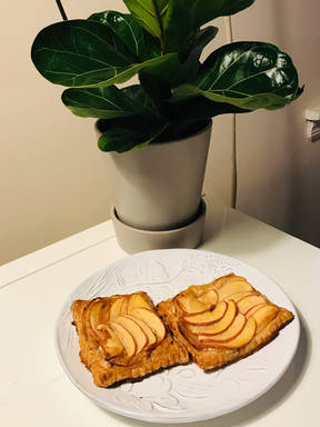 Maple Apple Brie Pastry