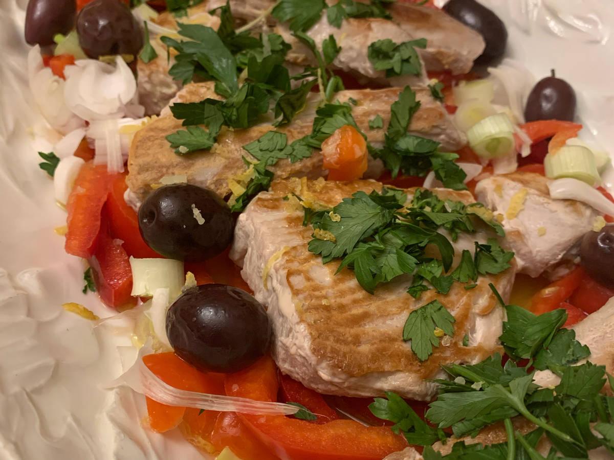 Mediterranean Marinated Tuna Steak 💙