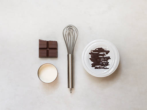 如何制作甘那许巧克力酱