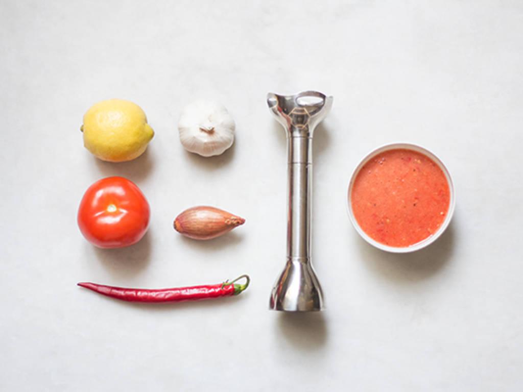 Homemade hot chili sauce