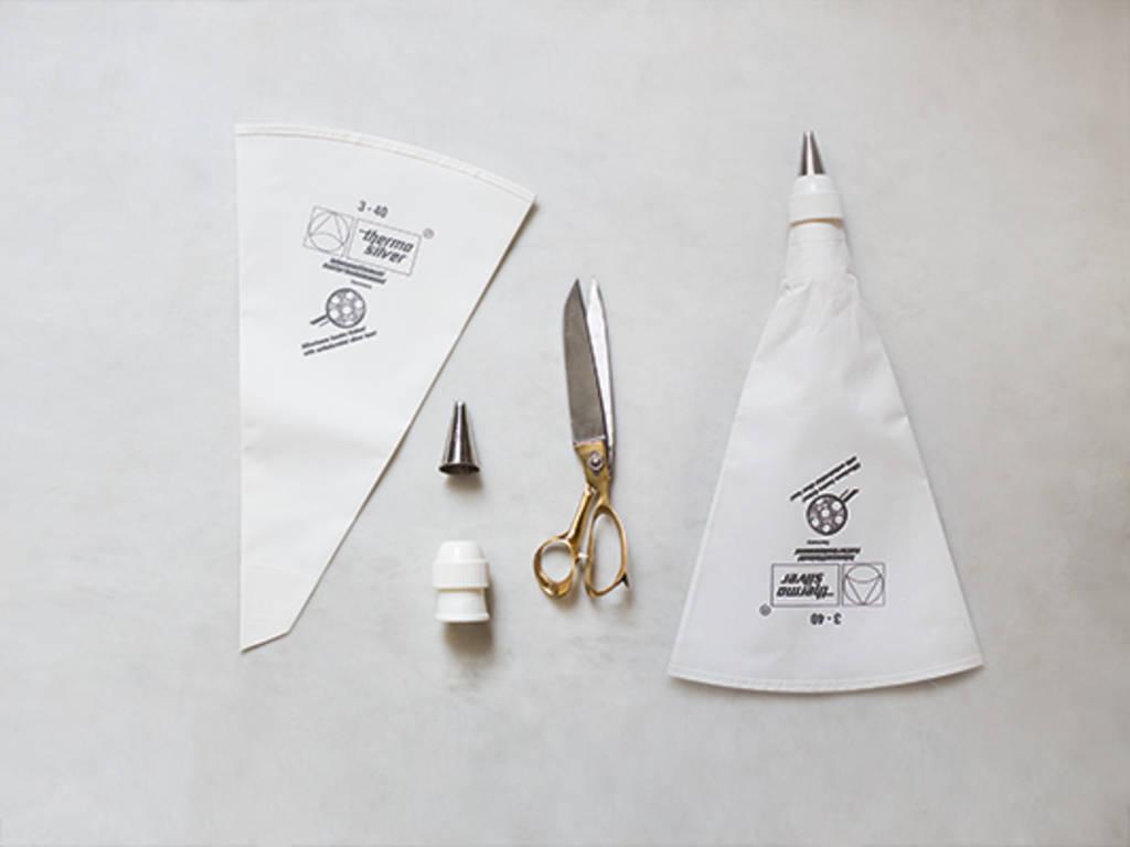 如何组装裱花袋