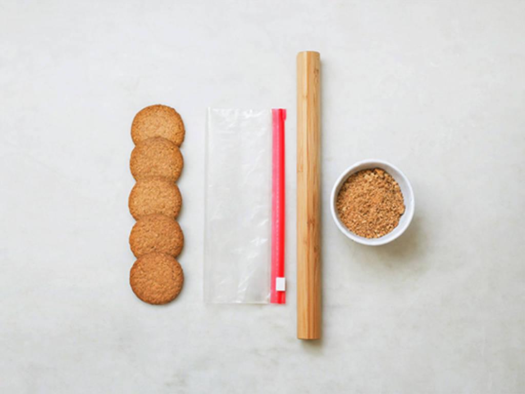 如何将饼干均匀压碎?