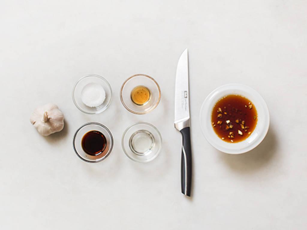 如何制作基础蒜汁