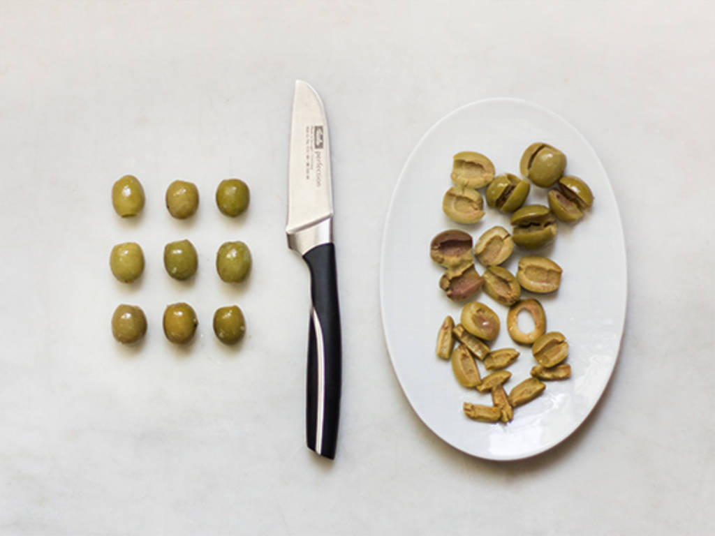 How to cut olives