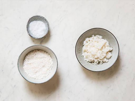 Reis im Reiskocher zubereiten