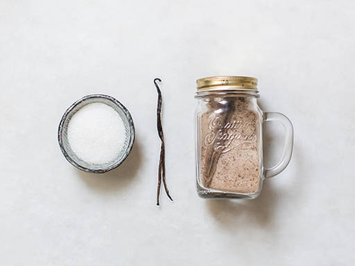 Homemade vanilla sugar