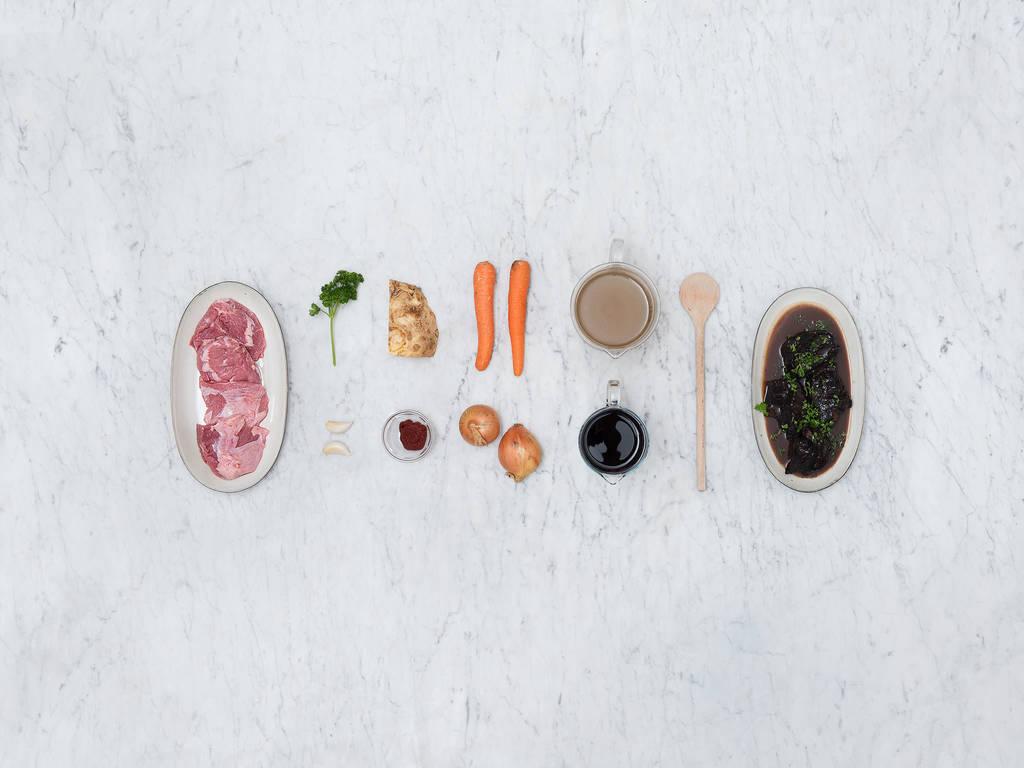 慢炖牛肉和肉汁