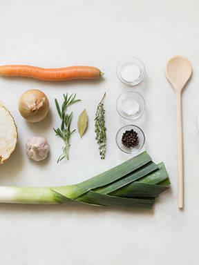 Hausgemachter Gemüsefond