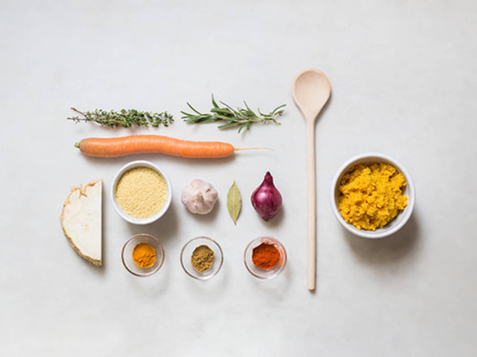 Würzigen Couscous zubereiten