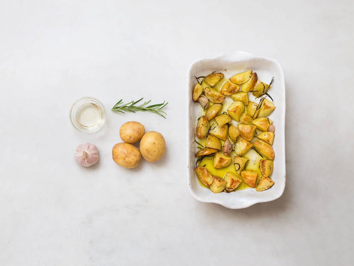 Oven-roasted rosemary potatoes