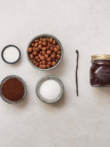 Homemade hazelnut spread