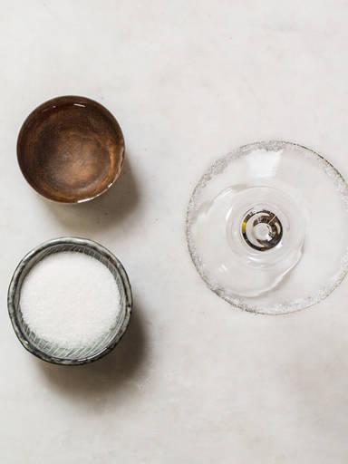 如何给鸡尾酒用糖来镶边