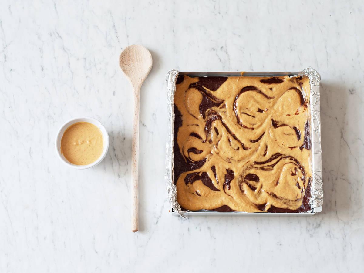 Eleganter Wirbel-Effekt für Brownies