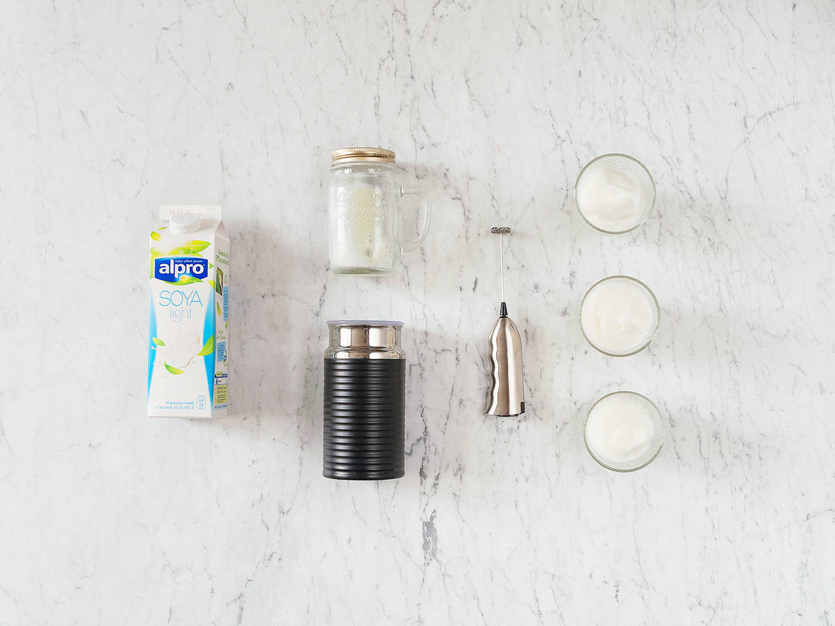 3 ways to froth soy drinks