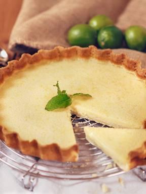 Fresh lime tart