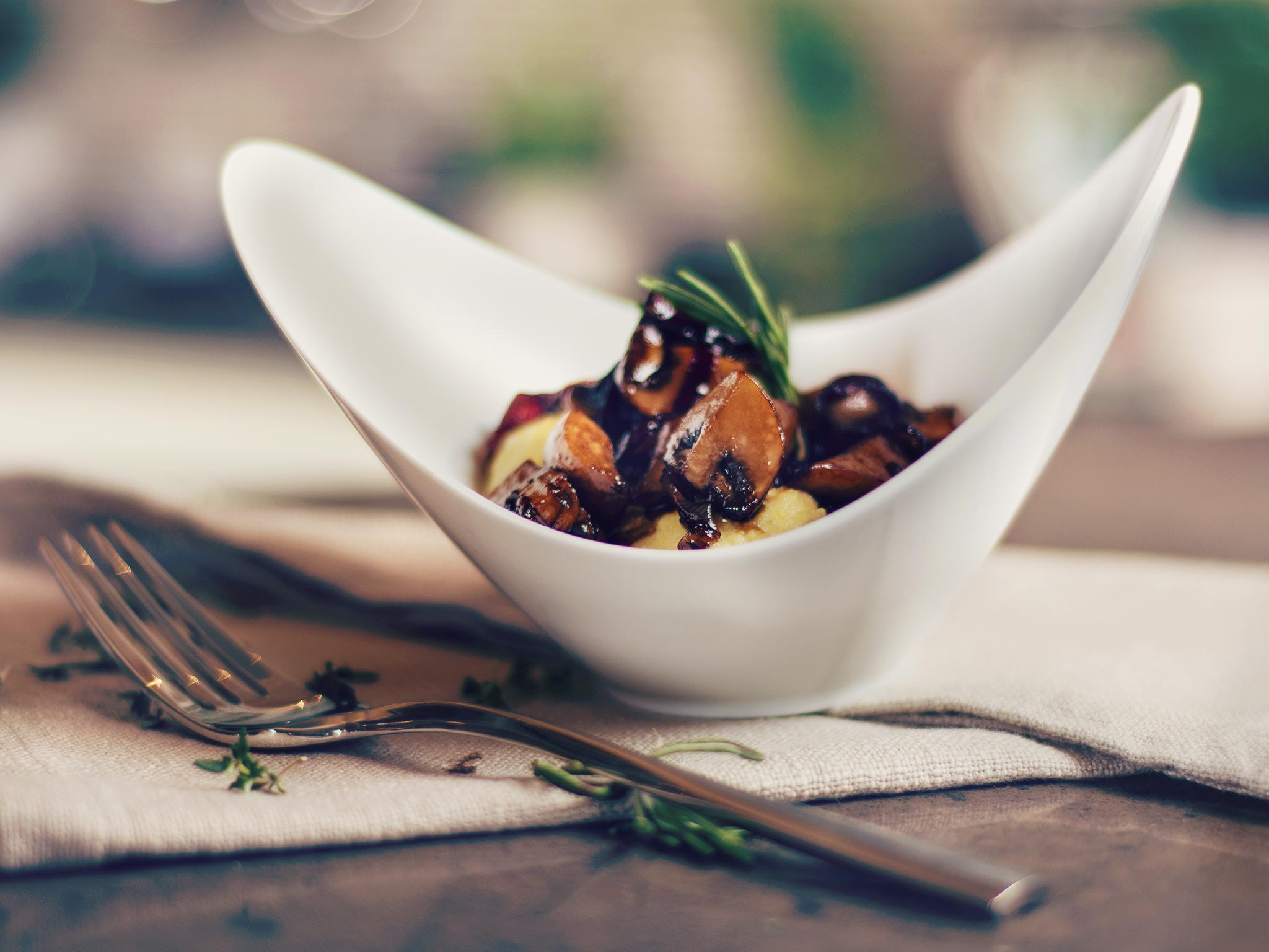 cremige polenta mit balsamico pilzen rezept kitchen. Black Bedroom Furniture Sets. Home Design Ideas