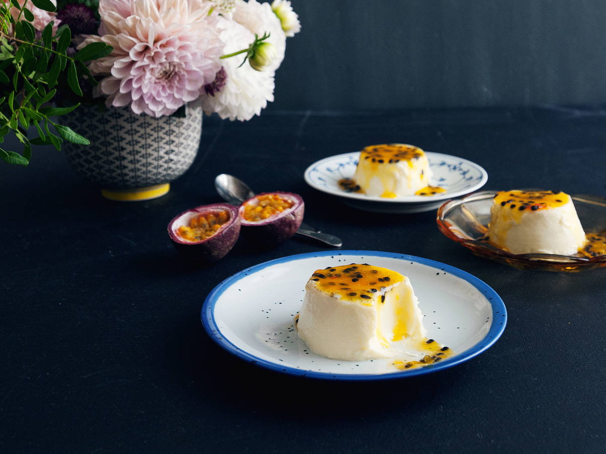 Panna cotta with passion fruit sauce