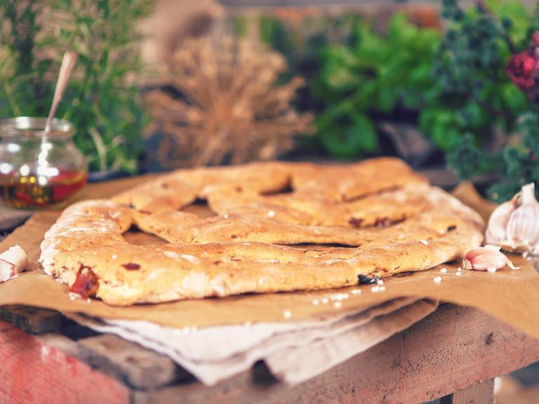 French Fougasse with sun-dried tomatoes