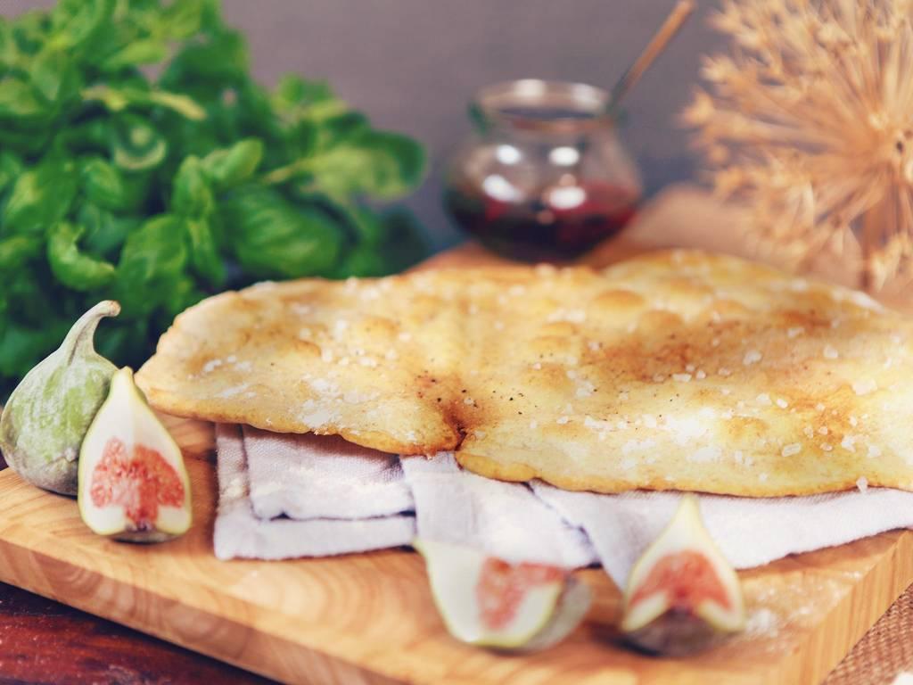 超薄的拉瓦氏面包