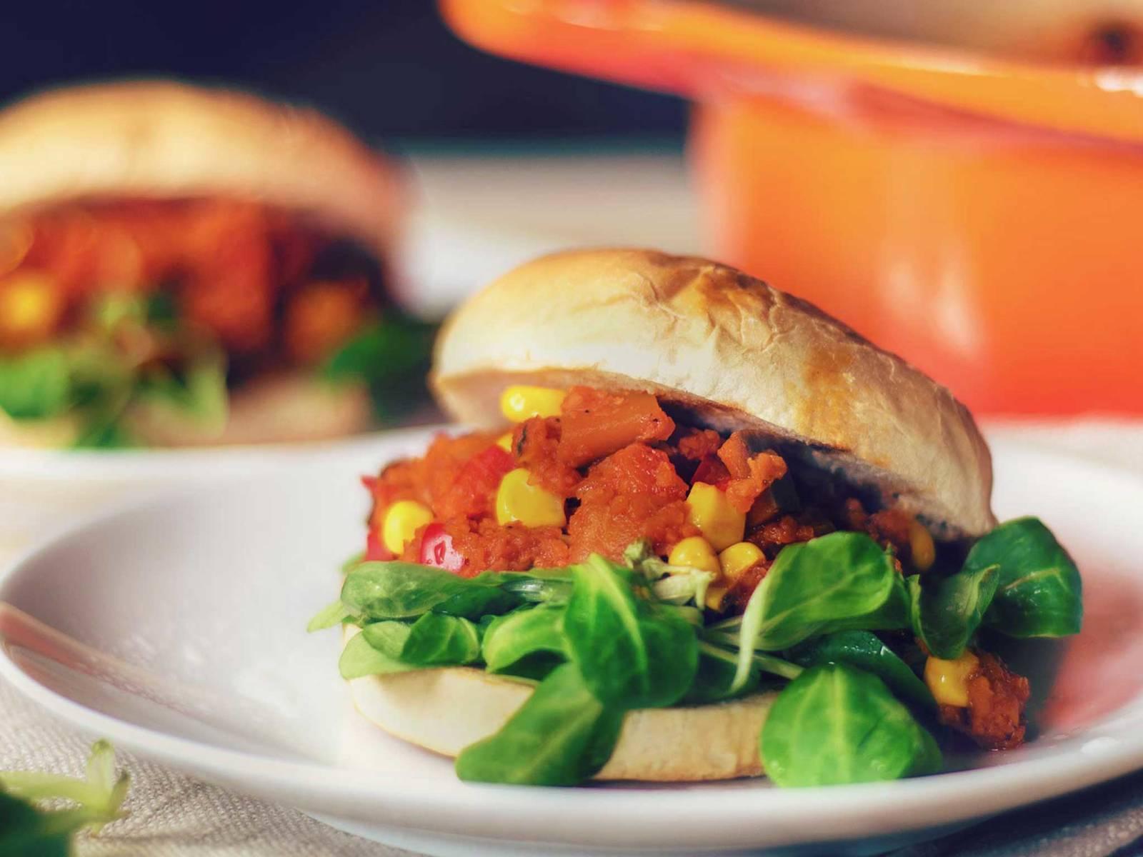 Vegan Sloppy Joe burger