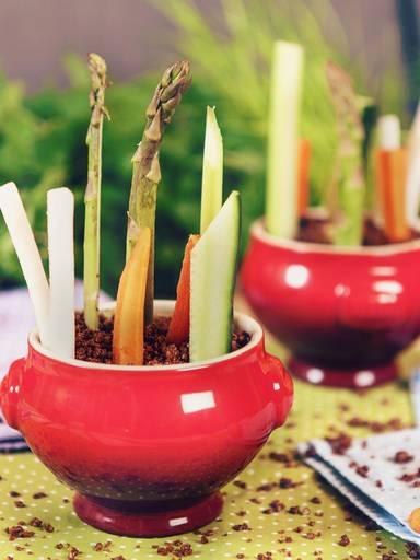 Vegetable sticks in a tumbler
