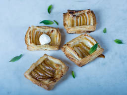 Simple pear tarts