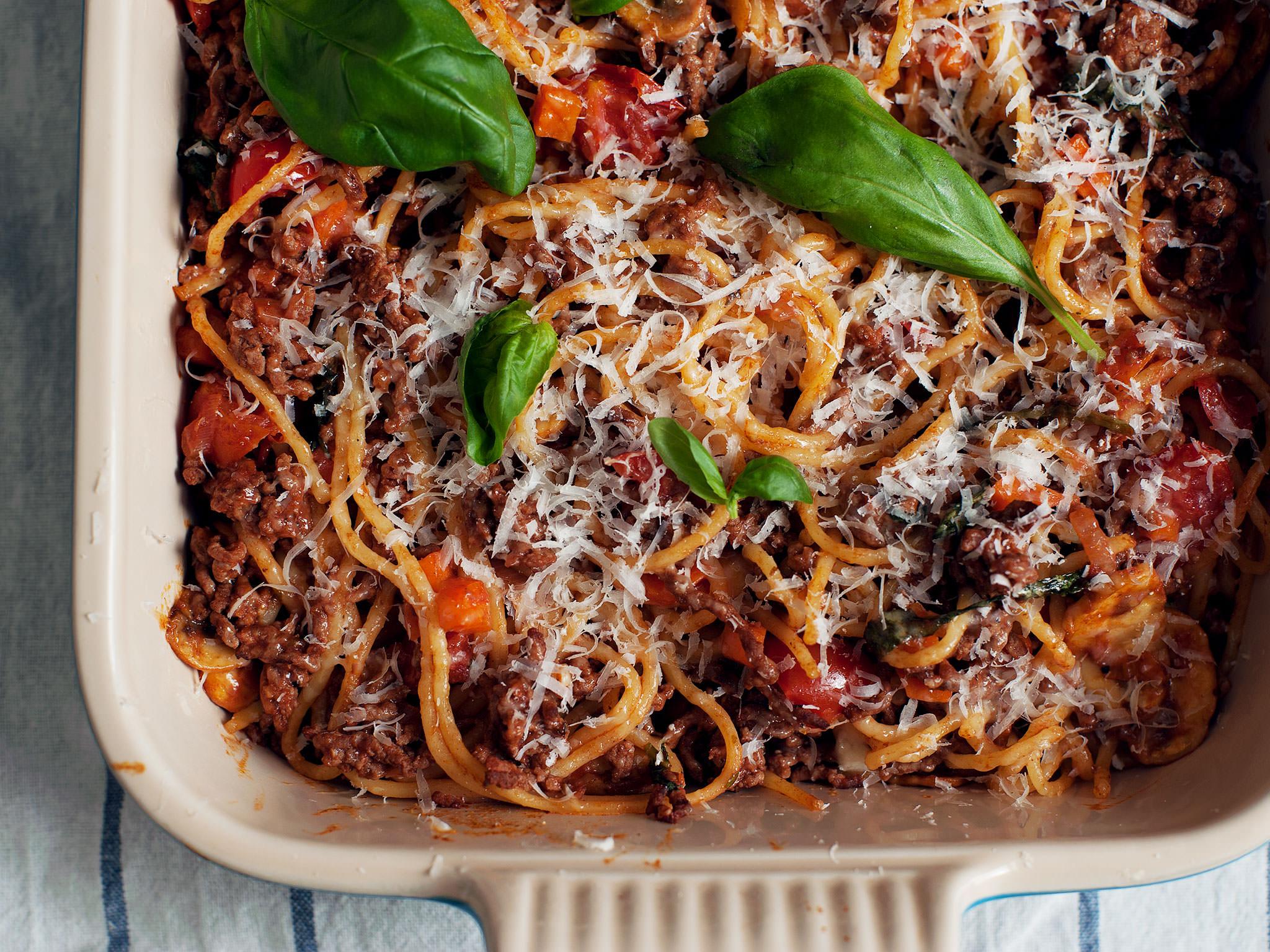 baked spaghetti bolognese recipe kitchen stories