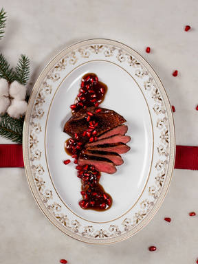 Duck breasts with pomegranate sauce