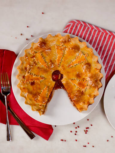 Red cabbage and apple pie