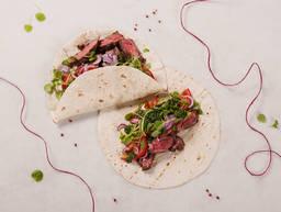 Skirt steak fajitas with chimichurri sauce