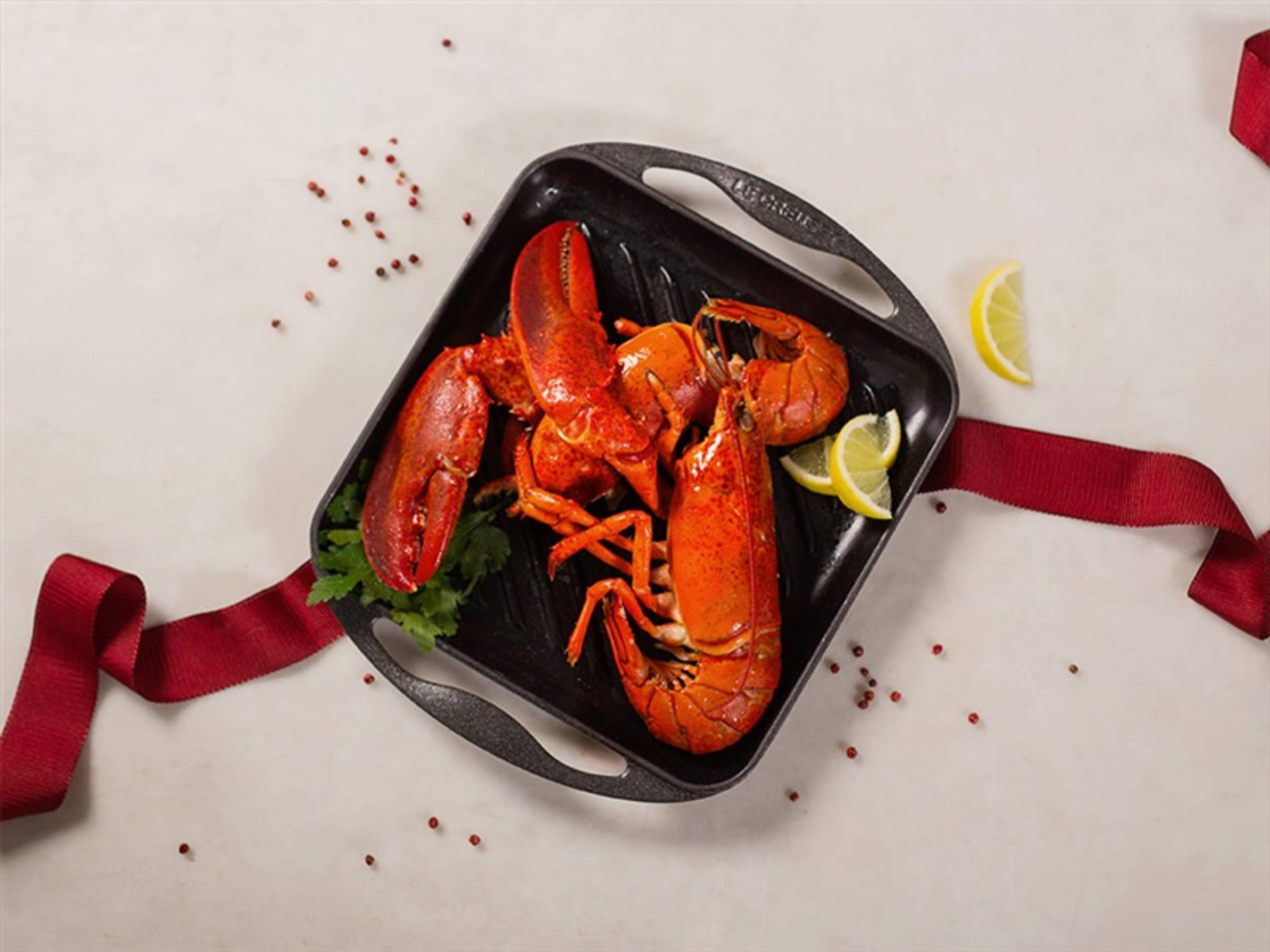 Grilled whole (RED) lobster - Recipes - Kitchen Stories