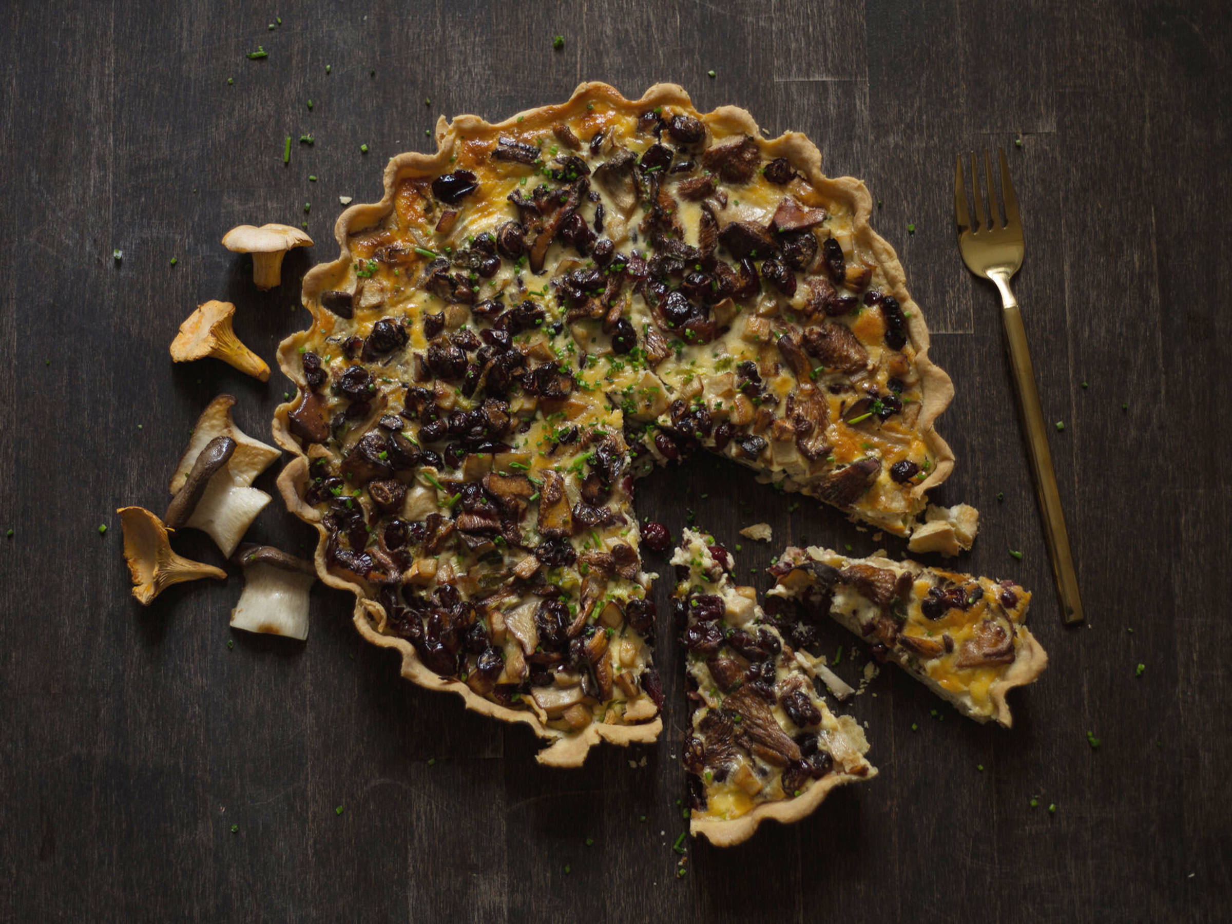 Mushroom and cranberry tart