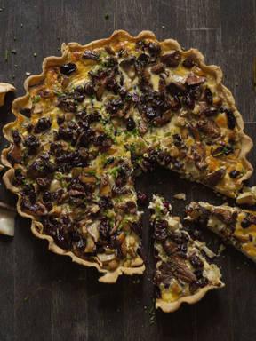 Mushroom and cranberry tart