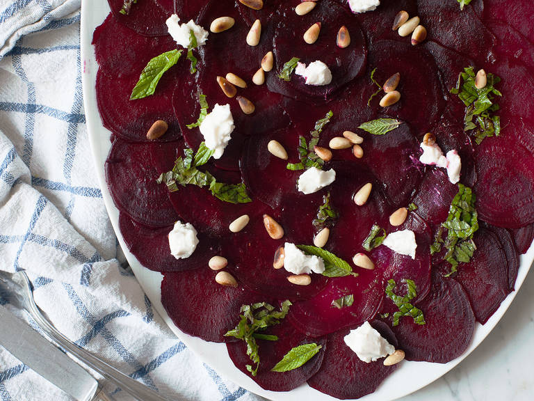 Beet salad with citrusy dressing