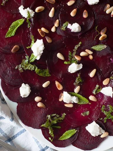 Rote Bete-Salat mit Zitronen-Vinaigrette