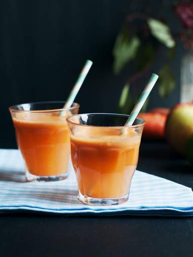 Karotten-Apfel-Ingwer Saft