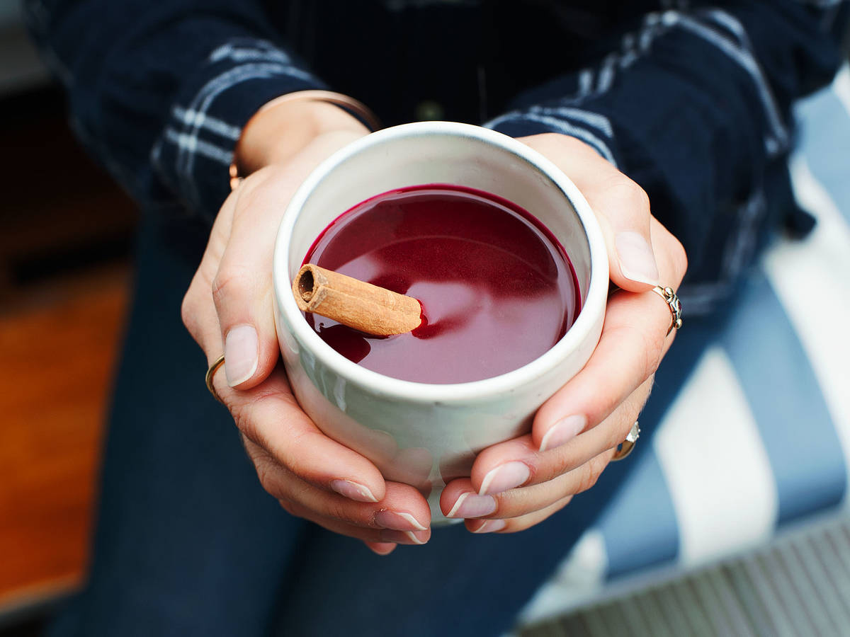 Red beet and apple mulled wine