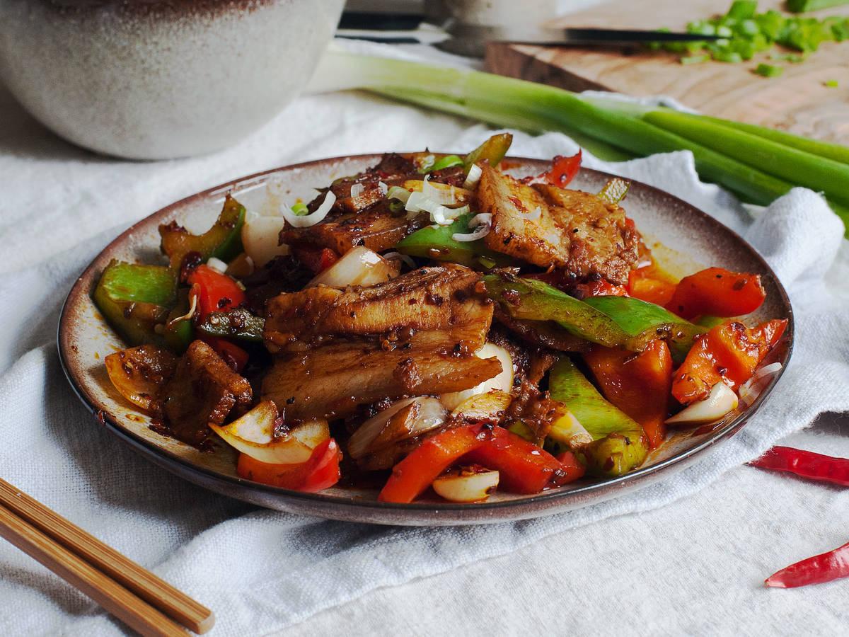 Sichuan-style crispy pork belly