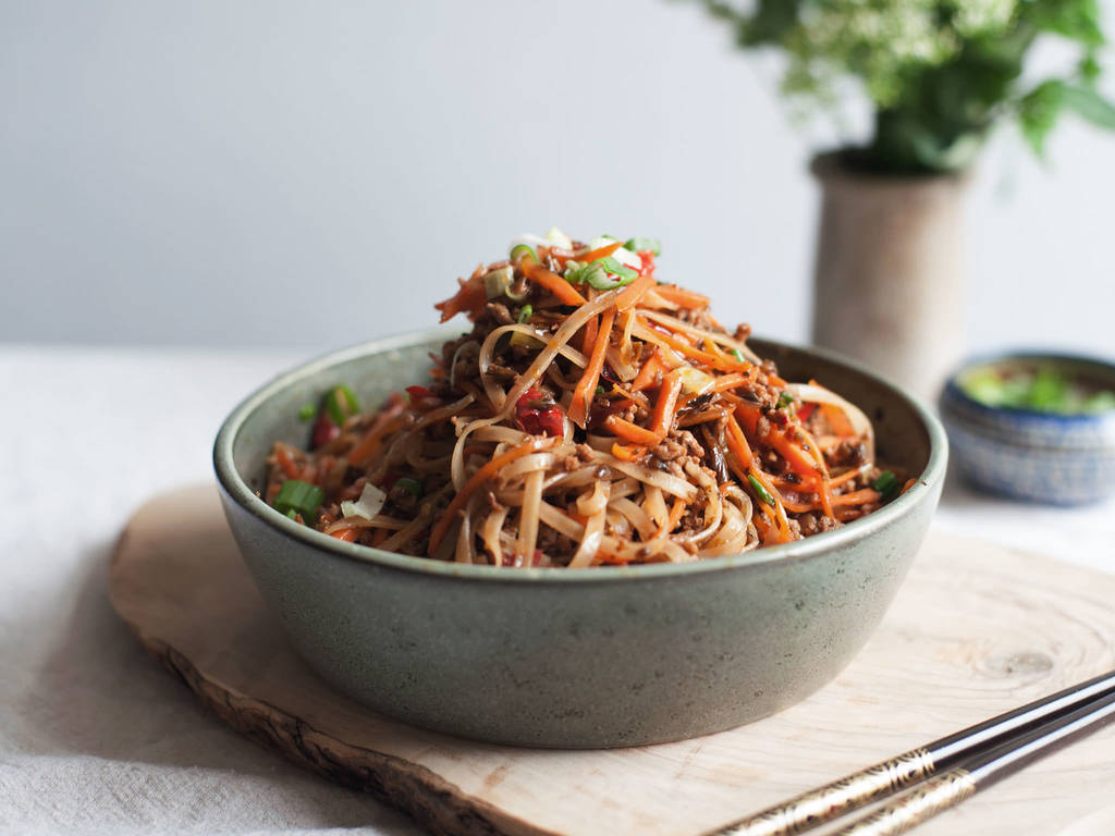 Sichuan rice noodle and pork stir fry