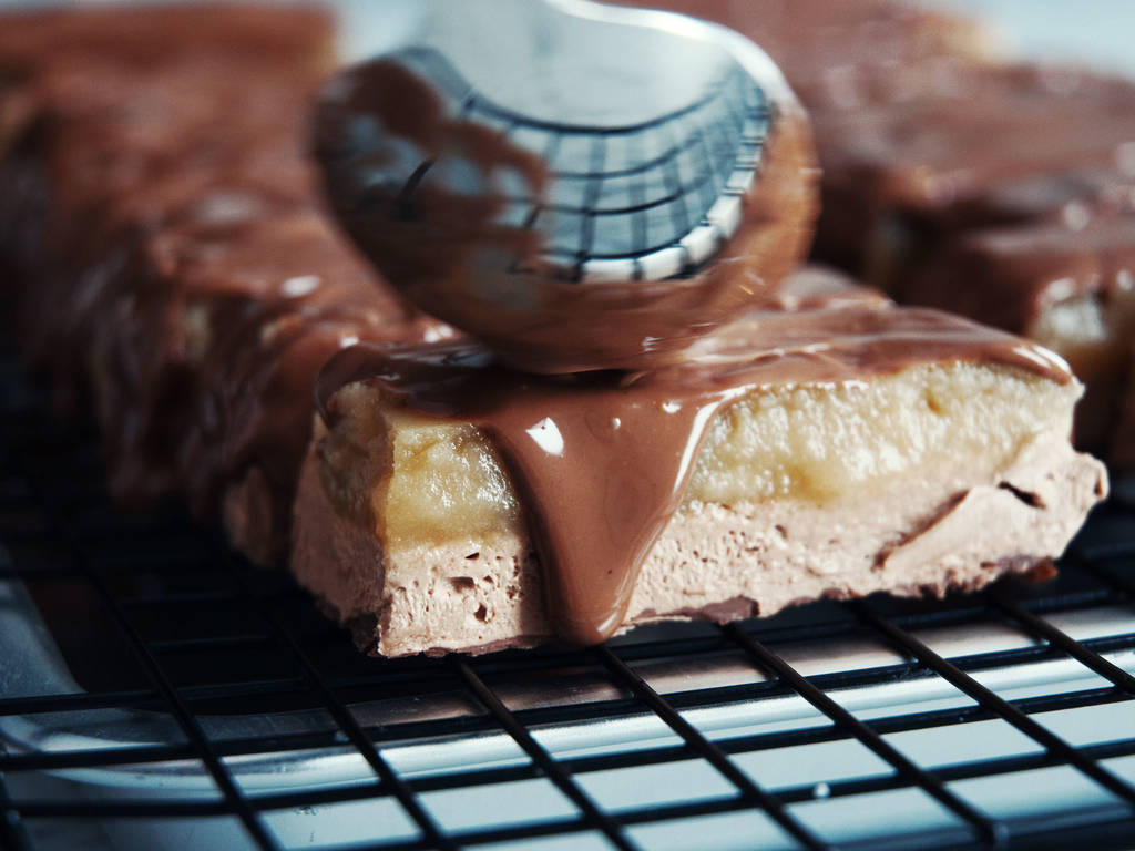 DIY Chocolate caramel bar