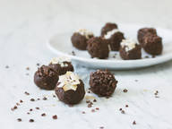 Chocolate-coconut bites
