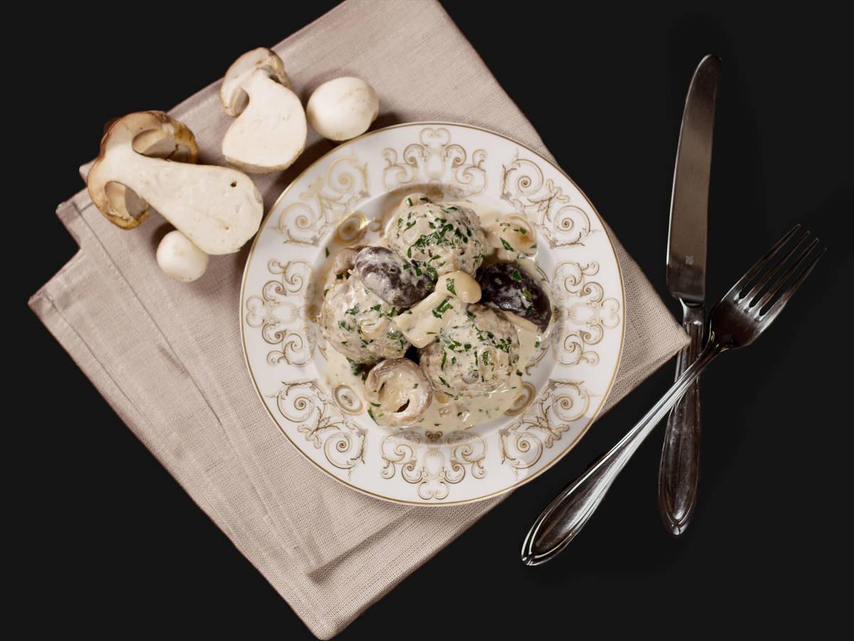 Lentil and mushroom balls