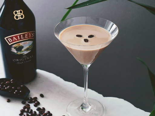 Flat white martini