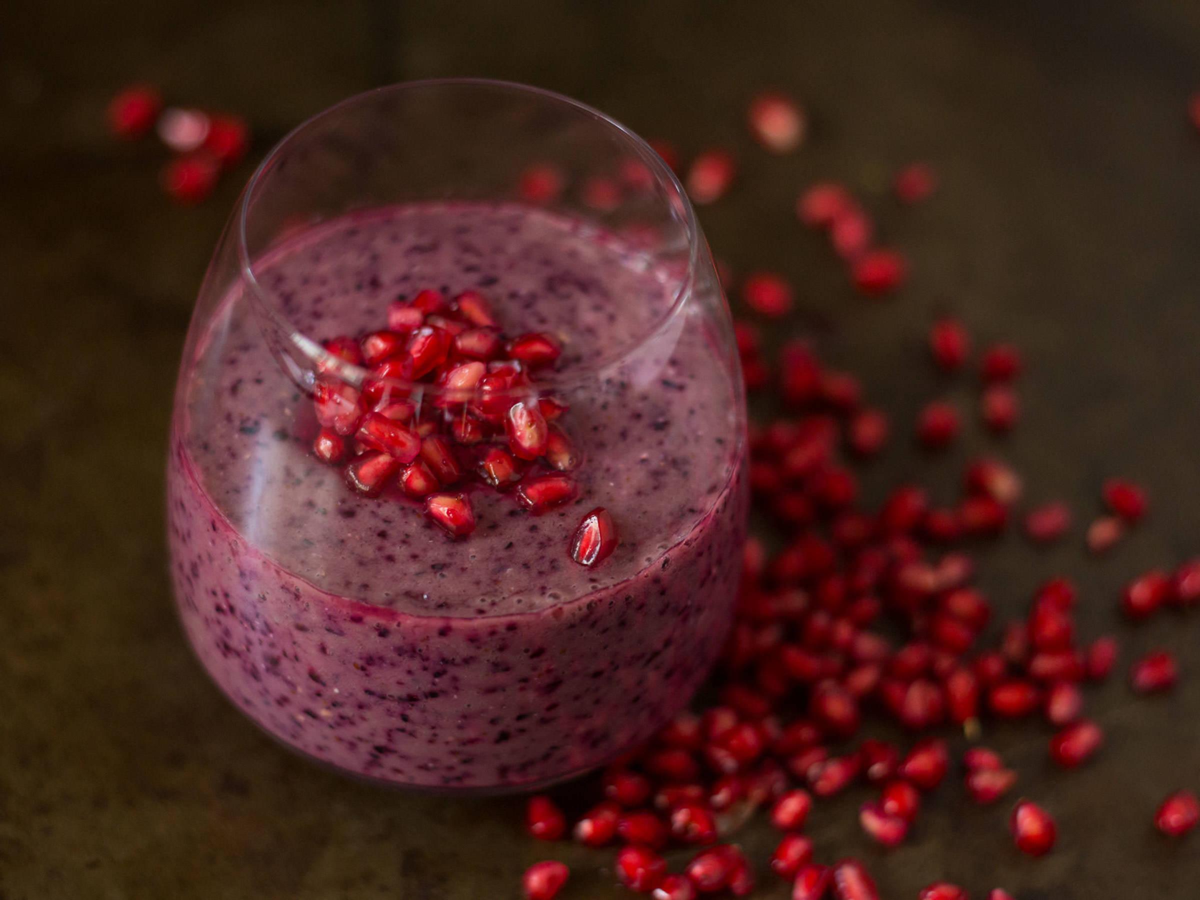 Pomegranate blueberry smoothie
