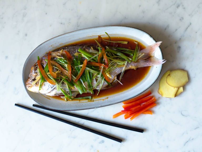 Steamed red gilthead