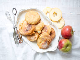 Bavarian apple fritters
