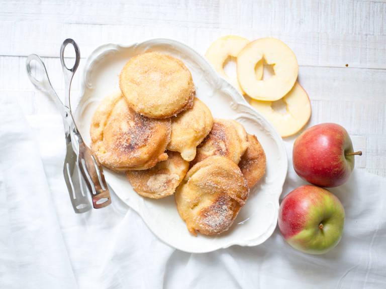 Bavarian apple fritters