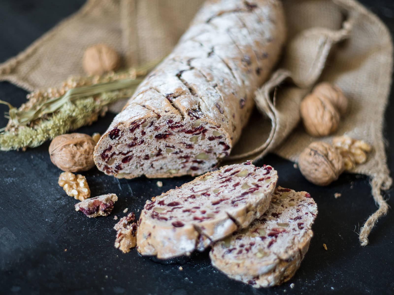 简易蔓越莓坚果面包